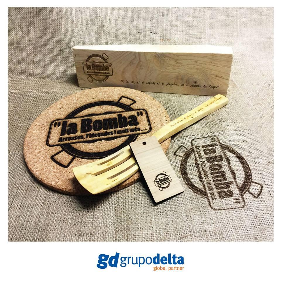Grabación láser madera, corcho. tela, Grupo Delta Global Partner